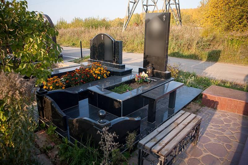 Благоустройство могил в Ижевске кресты фото