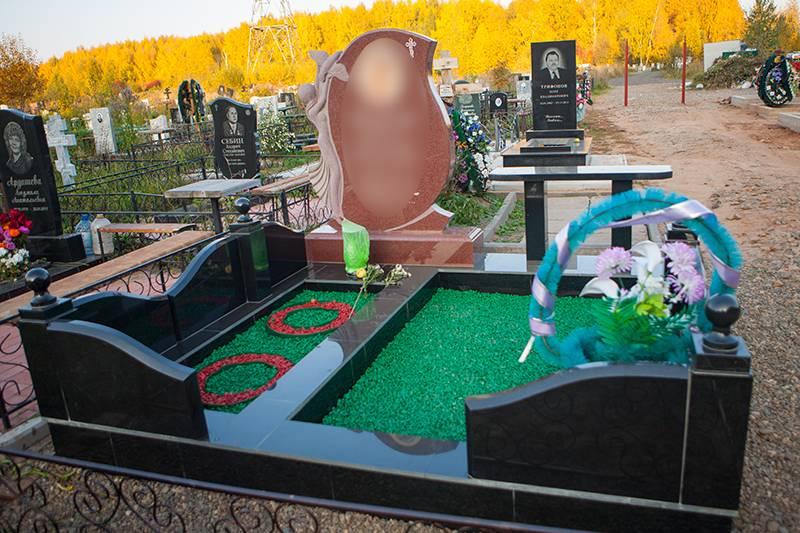 Благоустройство могил в Ижевске оградки фото